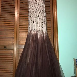 Terani Couture Evening Gown Sz 8. No alterations.